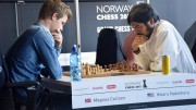 Fra Carlsen-Nakamura i lynsjakkturneringen i Norway Chess i 2015. Foto: Tarjei J. Svensen