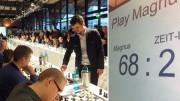 Det hjelper nok å være godt trent med 70 motstandere og seks timers spill. Foto: Anna Rudolf/PlayMagnus