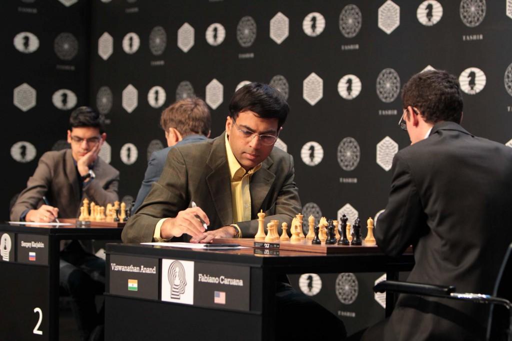 Anand og Caruana. Foto: Evgeny Pogonin