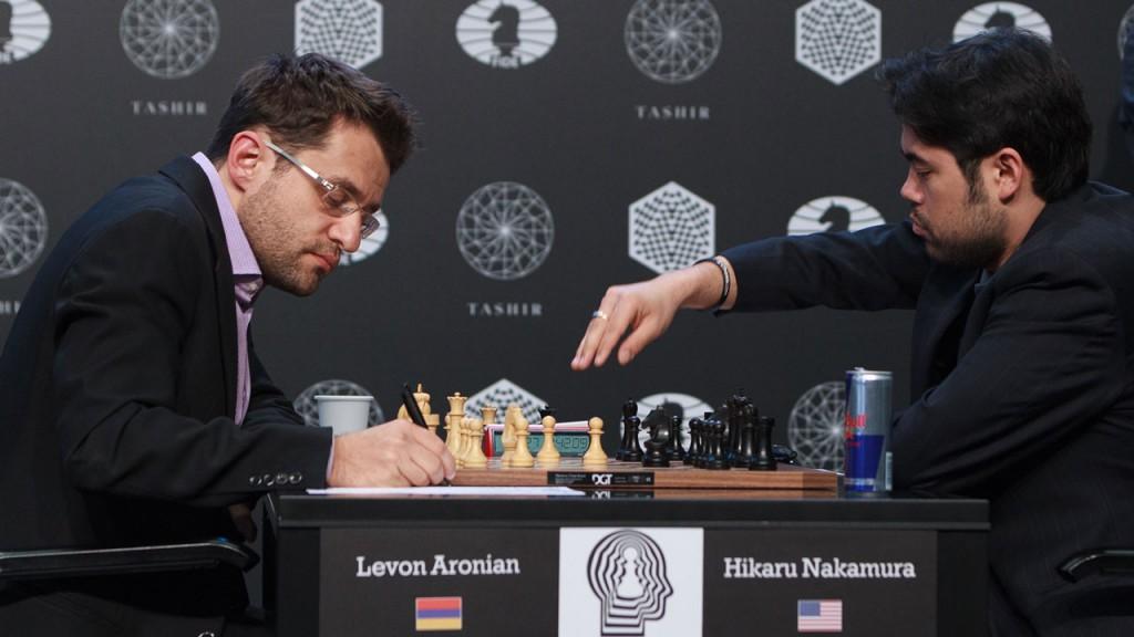 Hikaru Nakamura med brøler i partiet mot Levon Aronian i Moskva. Foto: WORLD CHESS Press Office; Evgeny Pogonin