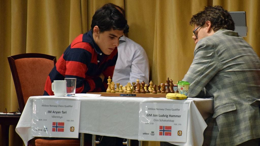 Tari kort tid før han må gi opp mot Jon Ludvig. Foto: Tarjei J. Svensen