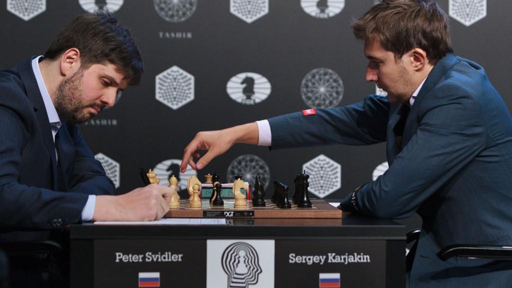 Peter Svidler, her i aksjon i Kandidatturneringen mot Karjakin. Foto: WORLD CHESS Press Office; Evgeny Pogonin