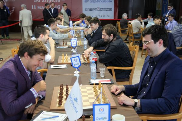 Sergey Karjakin facing Vladimir Kramnik in Russian Team Championship, in a game that ended in a hard fought draw. Photo: Vladimir Barsky, Russian Chess Federation
