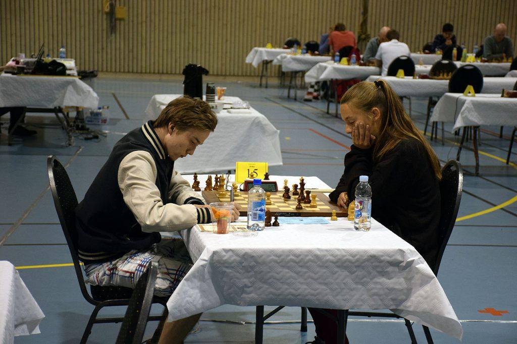 Henning Kjøita i oppgjøret mot Monika Machlik i junior-klassen i fjor. Foto: Tarjei J. Svensen