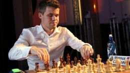 Magnus Carlsen i Leuven, turneringen han vant, i fjor. Photo: Spectrum Studio/Grand Chess Tour