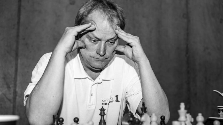 Jøran Aulin-Jansson i dyp konsentrasjon. Foto: Rolf Haug (www.haugsbilsalg.no)