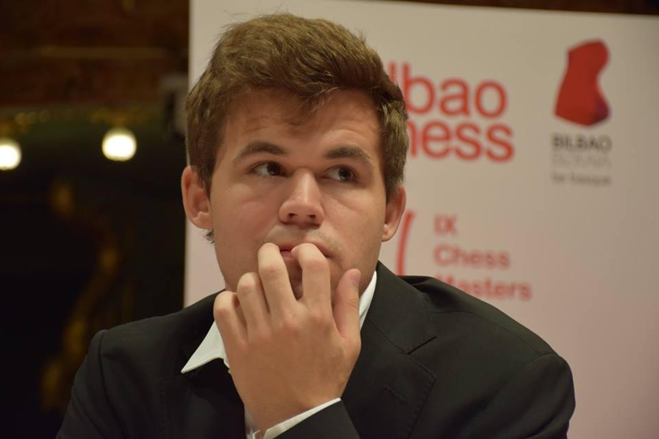 Carlsen før partiet i dag. Foto: Yerazik Khachatourian