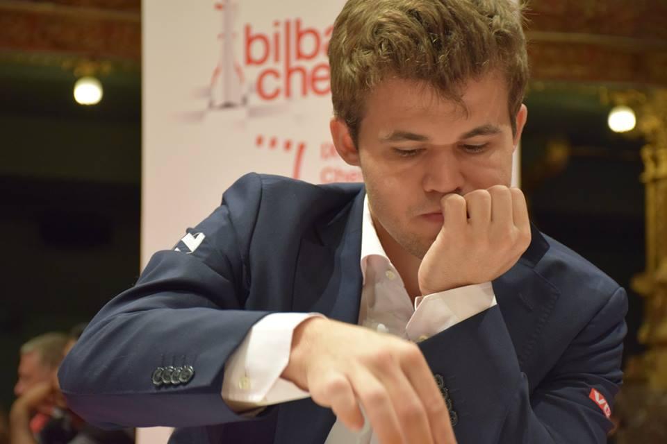 Magnus Carlsen i Bilbao i dag. Foto: Yerazik Khachatourian