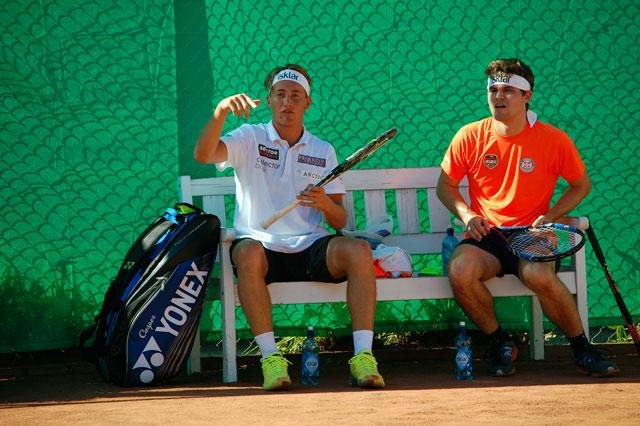 Casper Ruud og Magnus Carlsen i Frognerparken. Foto: Odd Sølve I. Grannes/tennis-norge.com