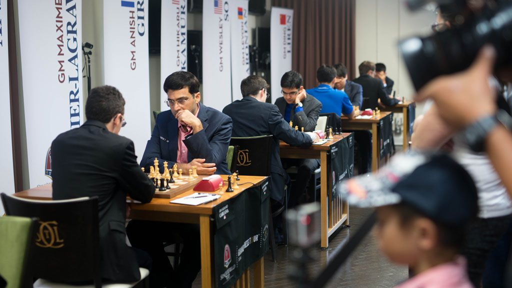 Fra 1. runde i St. Louis. Foto: Austin Fuller/Grand Chess Tour