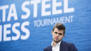 Magnus Carlsen spiller i Wijk aan Zee for 13. gang. Foto: Maria Emelianova