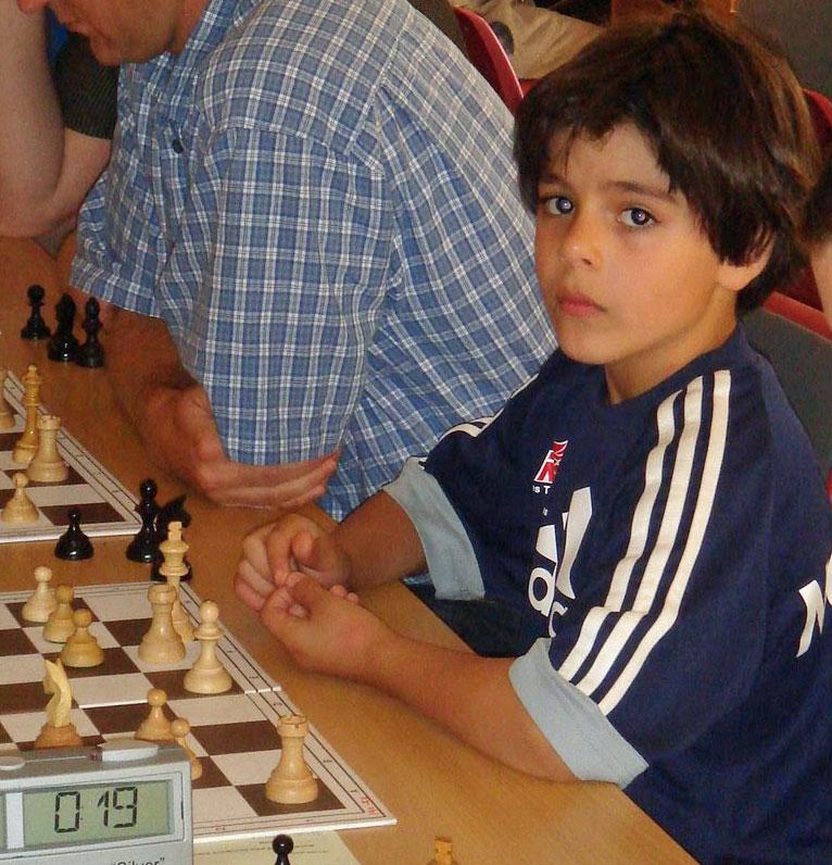 Aryan Tari som 8-åring i en turnering i Oslo. Foto: Tarjei J. Svensen