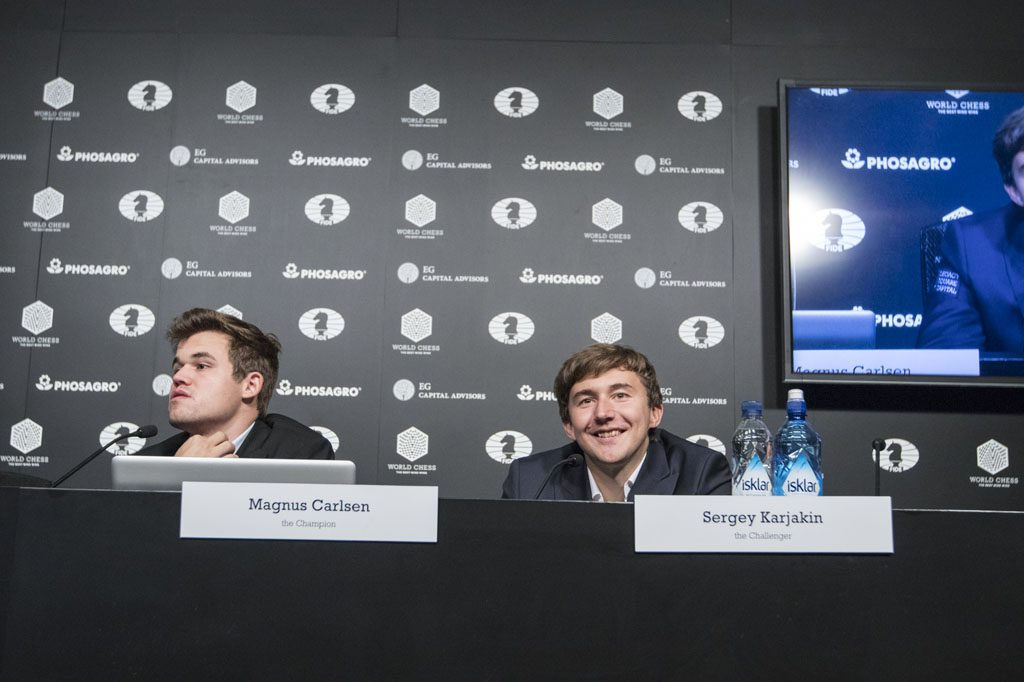 Sergey Karjakin is still able to smile and laugh despite losing a dramatic game 10. Photo: Maria Emelianova