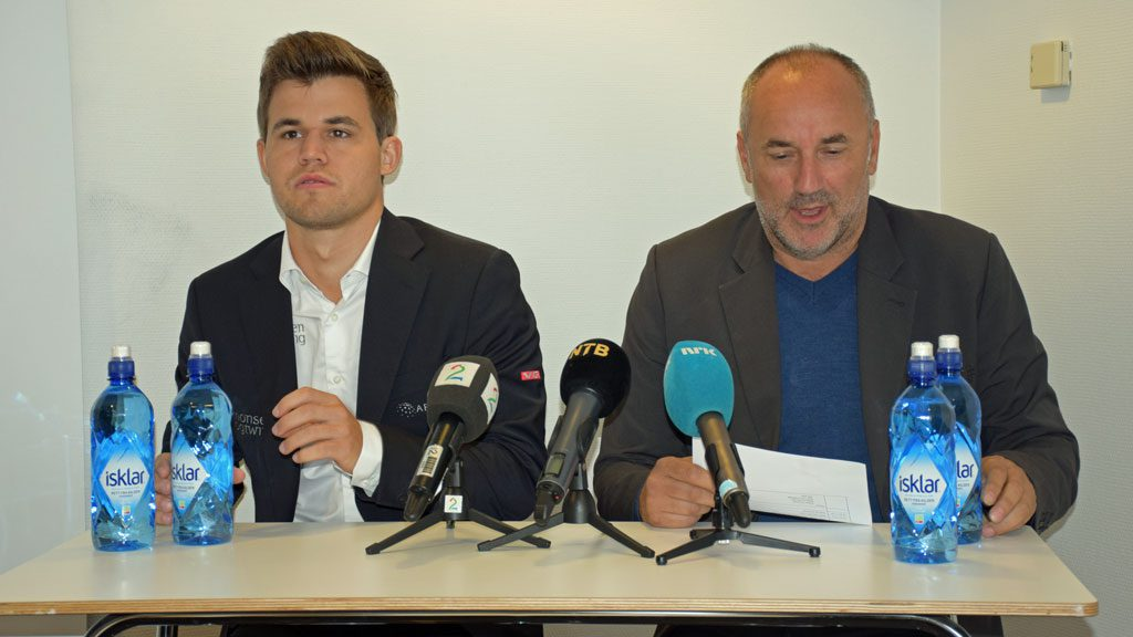 Magnus Carlsen and his manager Espen Agdestein on the last press conference before the World Championship in the end of August. Photo: Tarjei J. Svensen
