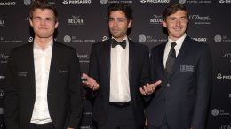 Reigning Chess Champion Magnus Carlsen, Actor, host Adrian Grenier and Chess grandmaster Sergey Karjakin attend 2016 Gala Opening for World Chess Championship at The Plaza Hotel on November 10, 2016 in New York City. Photo: Jason Kempin/Getty Images for World Chess Championship