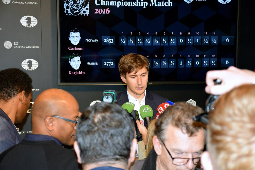 Less and less the underdog: Karjakin meets the Russian press after game 12. Photo: Yerazik Khachatourian