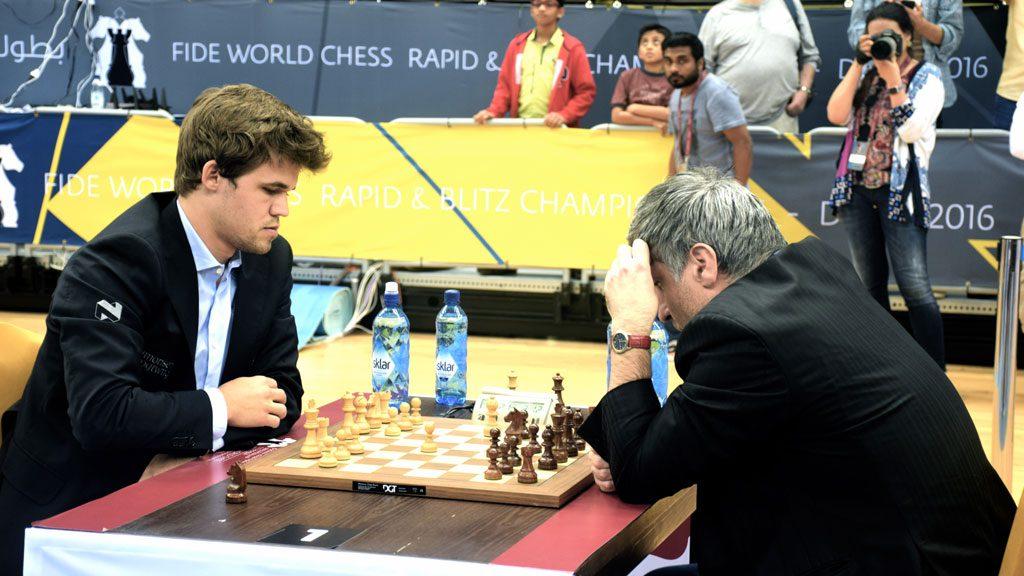 Magnus Carlsen måtte nok en gang gi tap for Vasily Ivanchuk. Foto: Yerazik Khachatourian