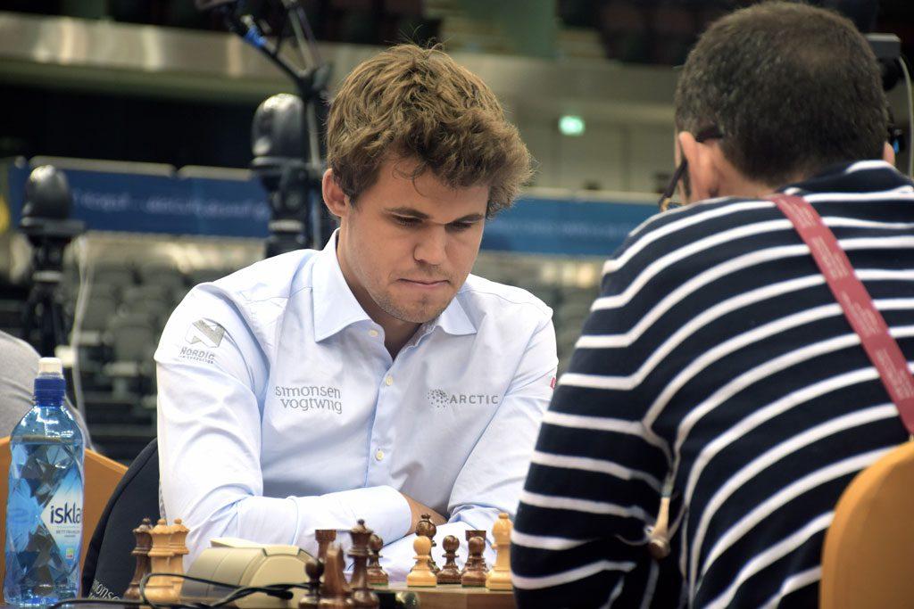Magnus Carlsens seiersrekke ble stoppet av cubaneren Lenier Dominguez i fjerde runde. Foto: Yerazik Khachatourian