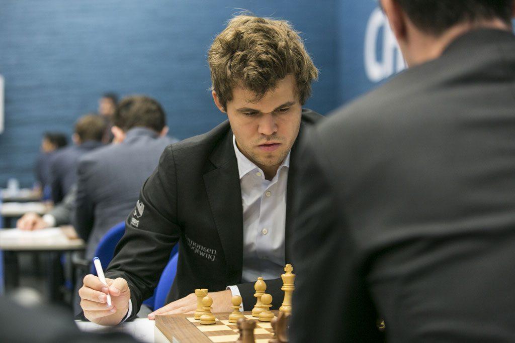 Magnus Carlsen slo van Wely for åttende gang i karrieren. Foto: Maria Emelianova