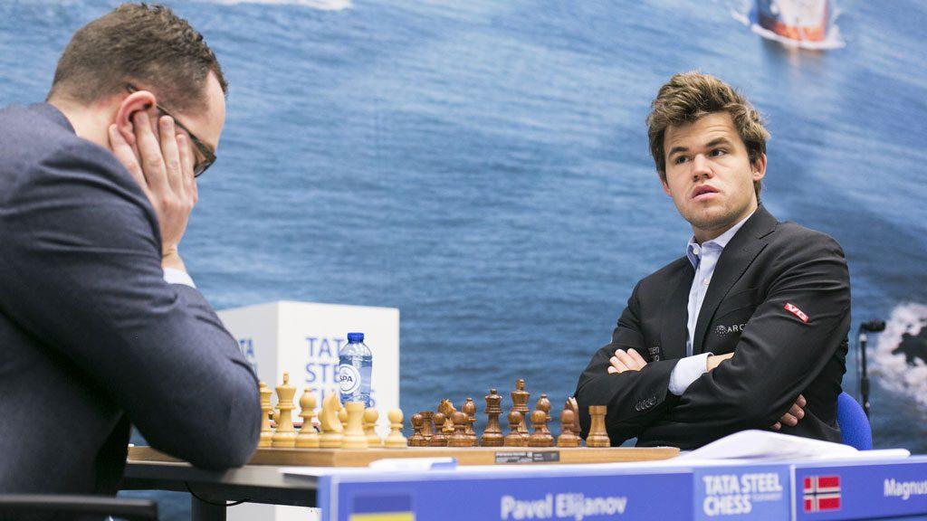 Magnus Carlsen reddet seieren i et ulidelig spennende parti mot Pavel Eljanov. Foto: Maria Emelianova