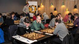 Vålerenga jakter tetlagene etter fire av ni runder i Eliteserien i sjakk. Foto: Rolf Haug/mattogpatt.no
