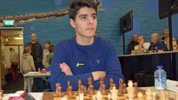 Aryan Tari (17), her fra Wijk aan Zee i januar. Foto: Tarjei J. Svensen