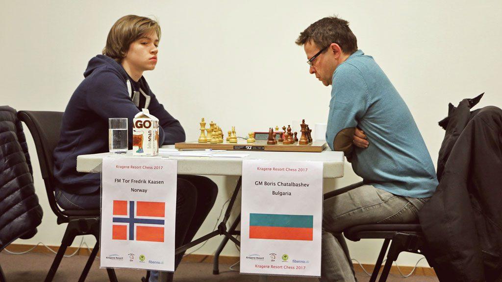 Kaasen i et dramatisk parti mot Chatalbashev. Foto: Øystein Brekke/Kragerø Resort Chess