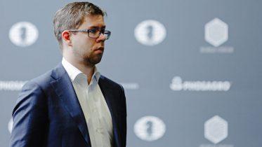 SKUFFET: Jon Ludvig Hammer ikke fornøyd tross fremgang sammenlignet med Sharjah GP. Foto: Max Avdeev/World Chess
