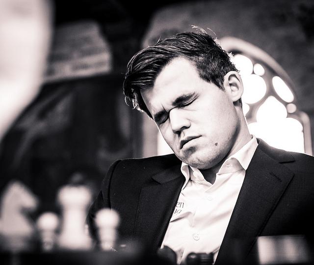 REMISREKKE: Magnus Carlsen avsluttet hurtigsjakk-delen i Leuven med tre remiser. Foto: Lennart Ootes