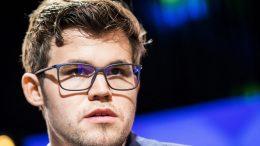 LEDER: Magnus Carlsen kan være tilbake på riktig spor i Paris Grand Chess Tour. Foto: Lennart Ootes