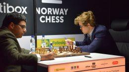 SKUFFET: Magnus Carlsen var ikke fornøyd etter fire av ni poeng i Norway Chess. Siste runde endte med remis mot Viswanathan Anand. Foto: Tarjei J. Svensen