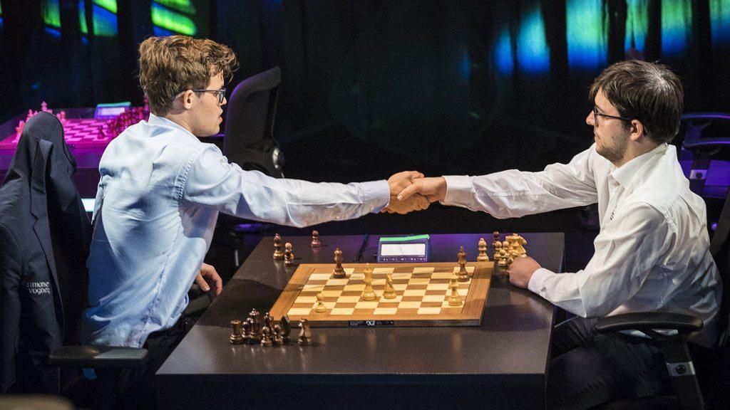 TRIUMF: Magnus Carlsen vant det første omspillpartiet mot Maxime Vachier-Lagrave. Foto: Lennart Ootes