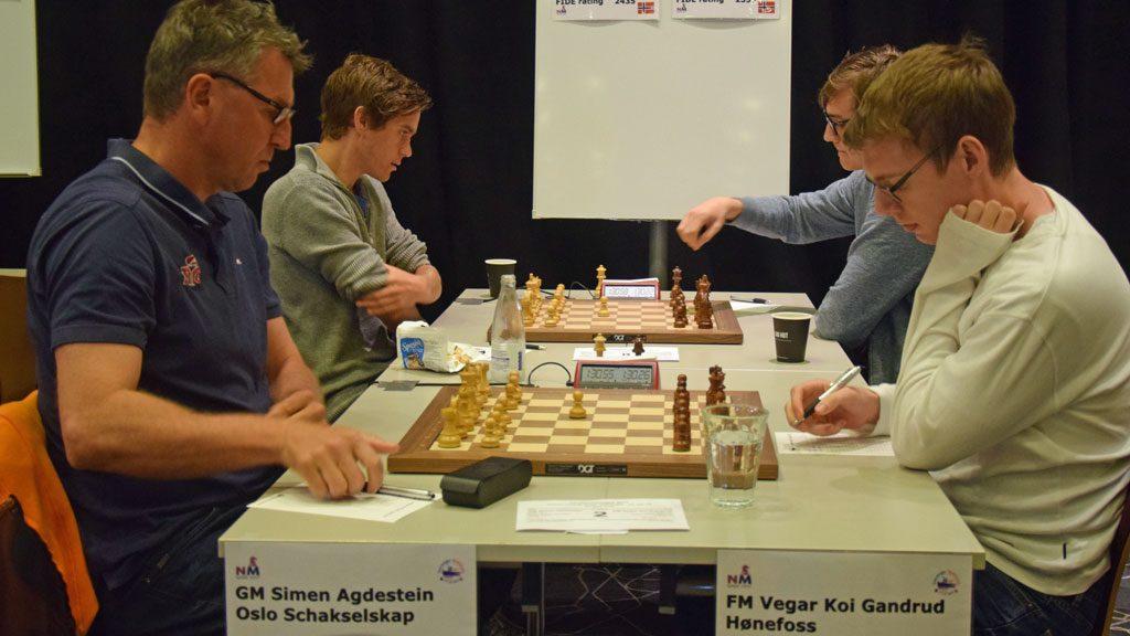 ELEV: Vegar Koi Gandrud (24) er tidligere elev av Simen Agdestein på NTGs sjakklinje. Foto: Øyvind Malin