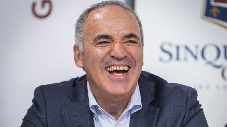 COMEBACK: Hvordan gjør Garry Kasparov det i comebacket? Foto: Lennart Ootes