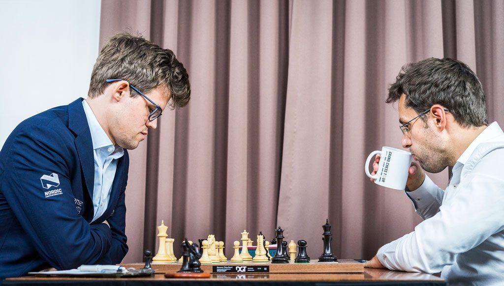 ENDELIG: Magnus Carlsen vant etter en rekke på sju partier uten seier over Levon Aronian. Foto: Lennart Ootes/Grand Chess Tour