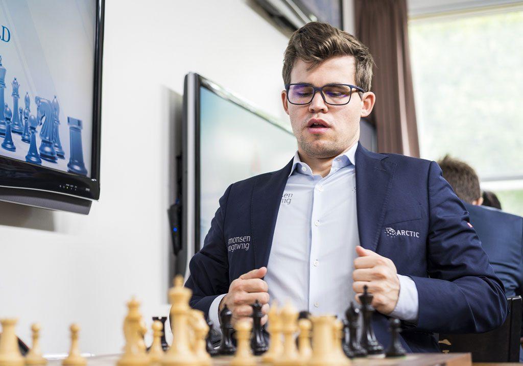 Magnus Carlsen sier det bare er ett resultat som gjelder i møtet med Levon Aronian fredag. Foto: Lennart Ootes/Grand Chess Tour