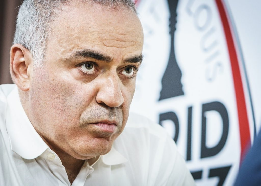 "LEGENDE: ""Monsteret med 1000 øyne"" ble Garry Kasparov kalt. Foto: Lennart Ootes/Grand Chess Tour"