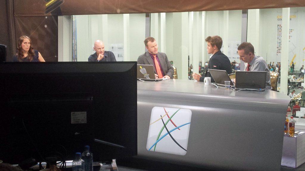 Magnus Carlsen i NRKs OL-studio i Tromsø. Foto: Tarjei J. Svensen