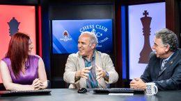 Garry Kasparov i studio i St. Louis med Jennifer Shahade og Yasser Seirawan. Foto: Lennart Ootes/Grand Chess Tour