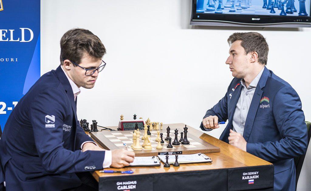 TRIUMF: Seieren er et faktum. Foto: Lennart Ootes/Grand Chess Tour