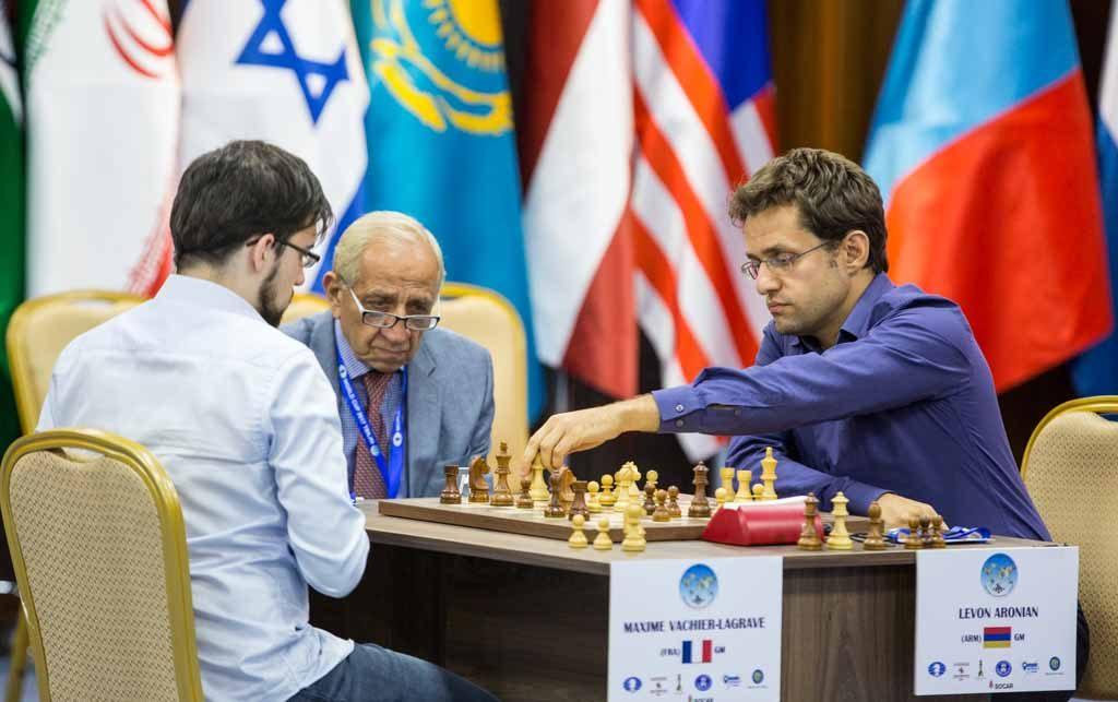 DRAMATIKK: Maxime Vachier-Lagrave kunne avgjort flere ganger i semifinalen. Foto: Maria Emelianova/chess.com