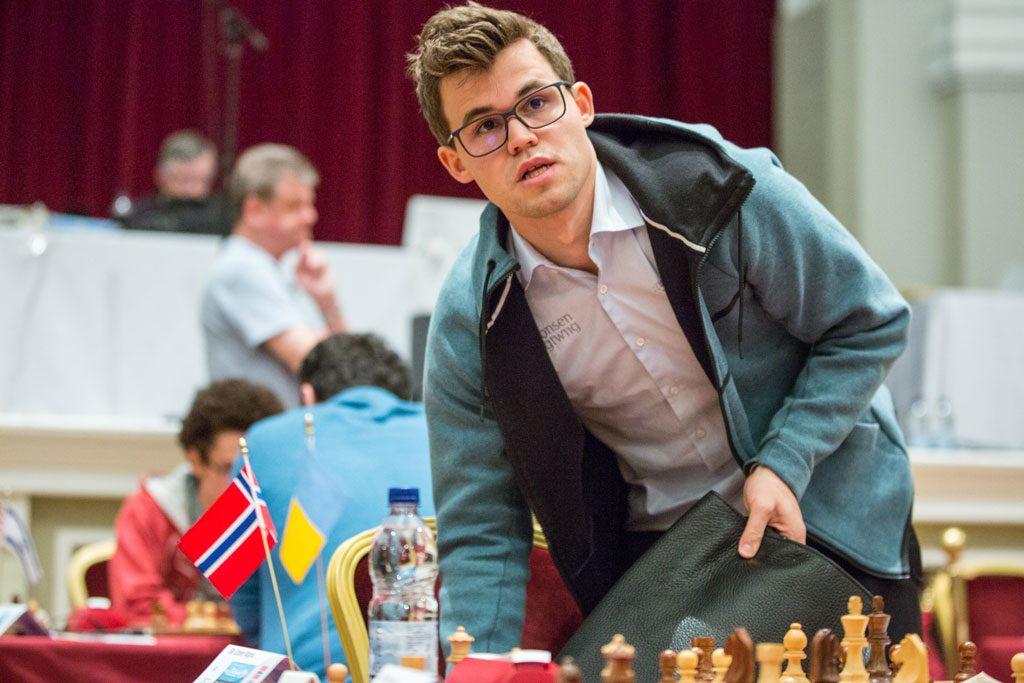 KNUSENDE: Magnus Carlsen tok sin sjette seier over Pavel Eljanov på seks forsøk. Foto: Maria Emelianova/chess.com