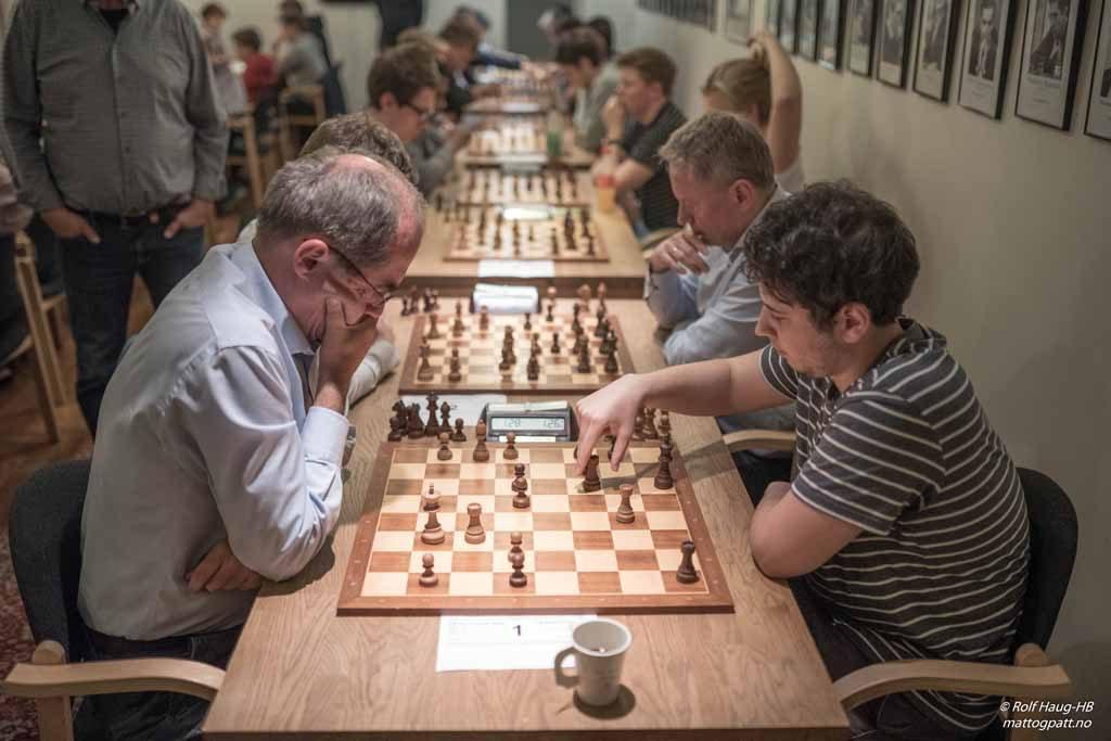 FULLT: 51 deltakere gjør at klubben er nesten fullsatt. Foto: Rolf Haug/mattogpatt.no