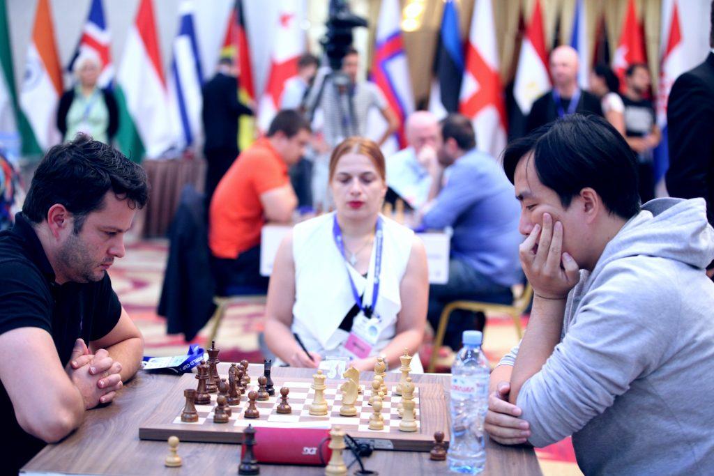 BARNESTJERNER: Etienne Bacrot rett ut av World Cup etter å ha blitt slått ut av Bu Xiangzhi. Foto: Anastasia Karlovich/FIDE