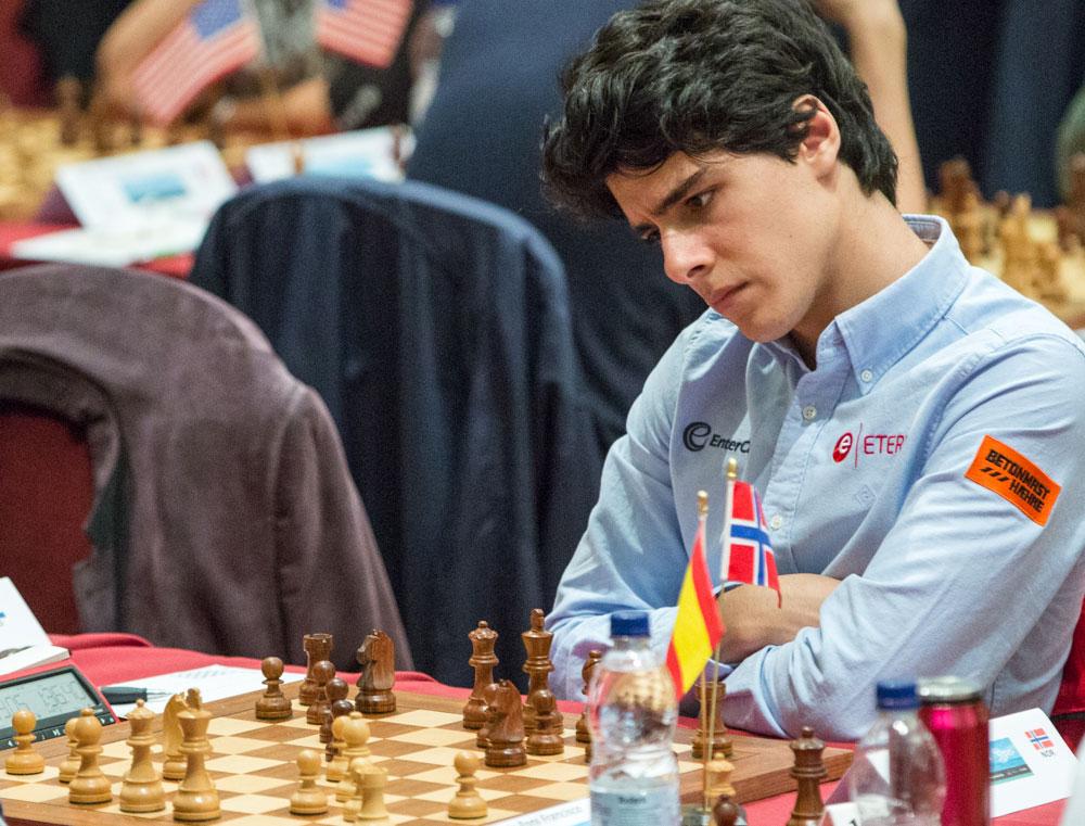 REMISKONGE: Et stempel Aryan Tari ikke vil ha på seg. Foto: Maria Emelianova/chess.com