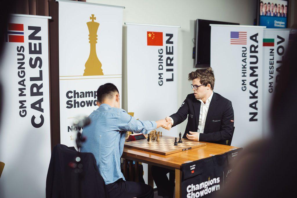 KNUSENDE: Magnus Carlsen vant dag tre av matchen mot Ding Liren 6,5-1,5. Foto: Lennart Ootes