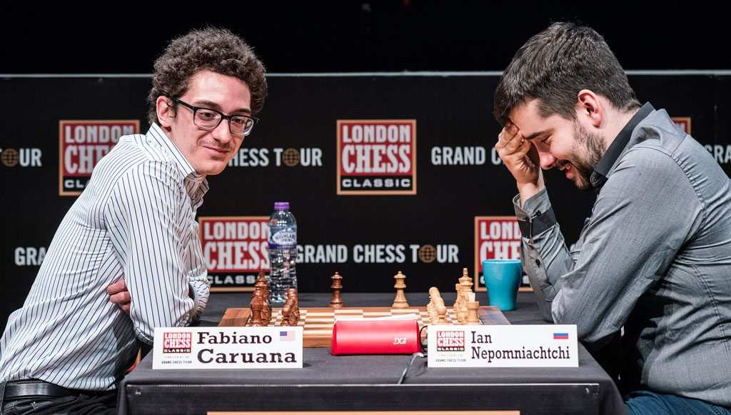 God stemning da Fabiano Caruana og Ian Nepomniachtchi møttes til omspill i London Chess Classic. Foto: Lennart Ootes/Grand Chess Tour