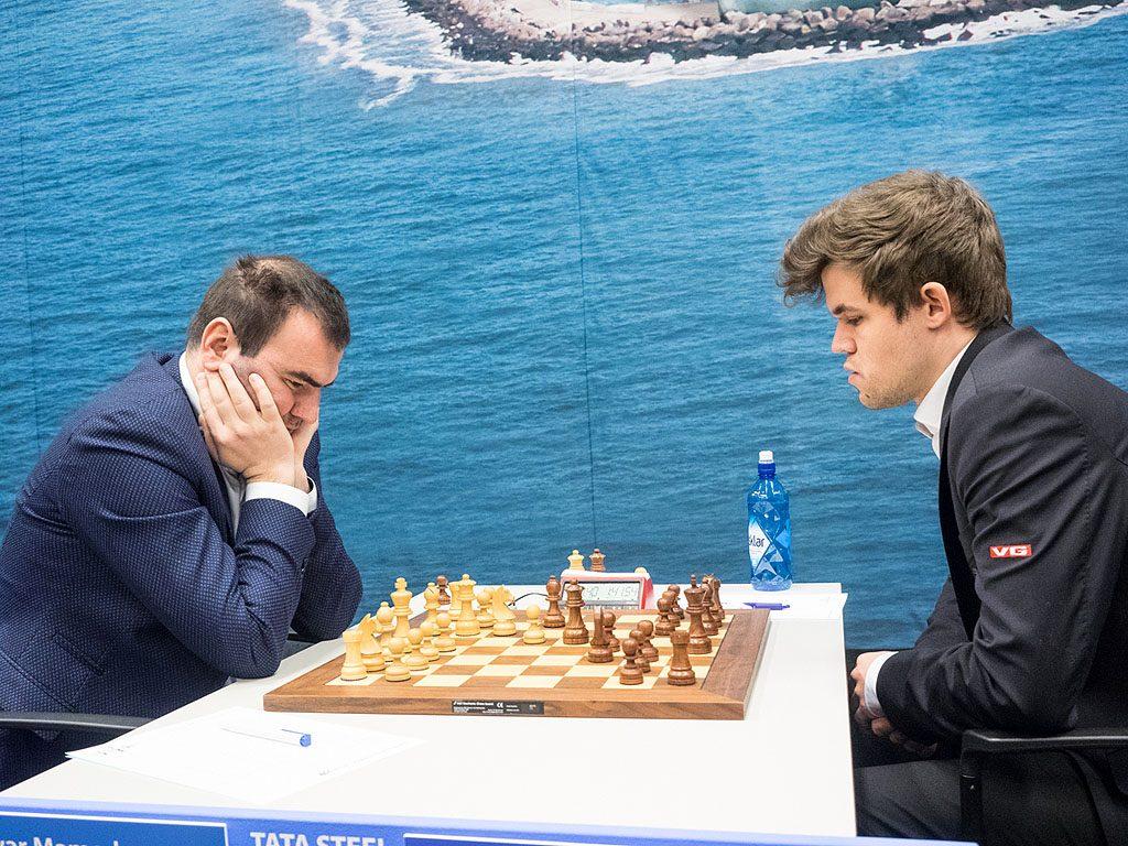 Magnus Carlsen jakter sin sjette seier i Wijk aan Zee, men det vil nok Shakhriyar Mamedyarov forsøke å hindre. Foto: Maria Emelianova