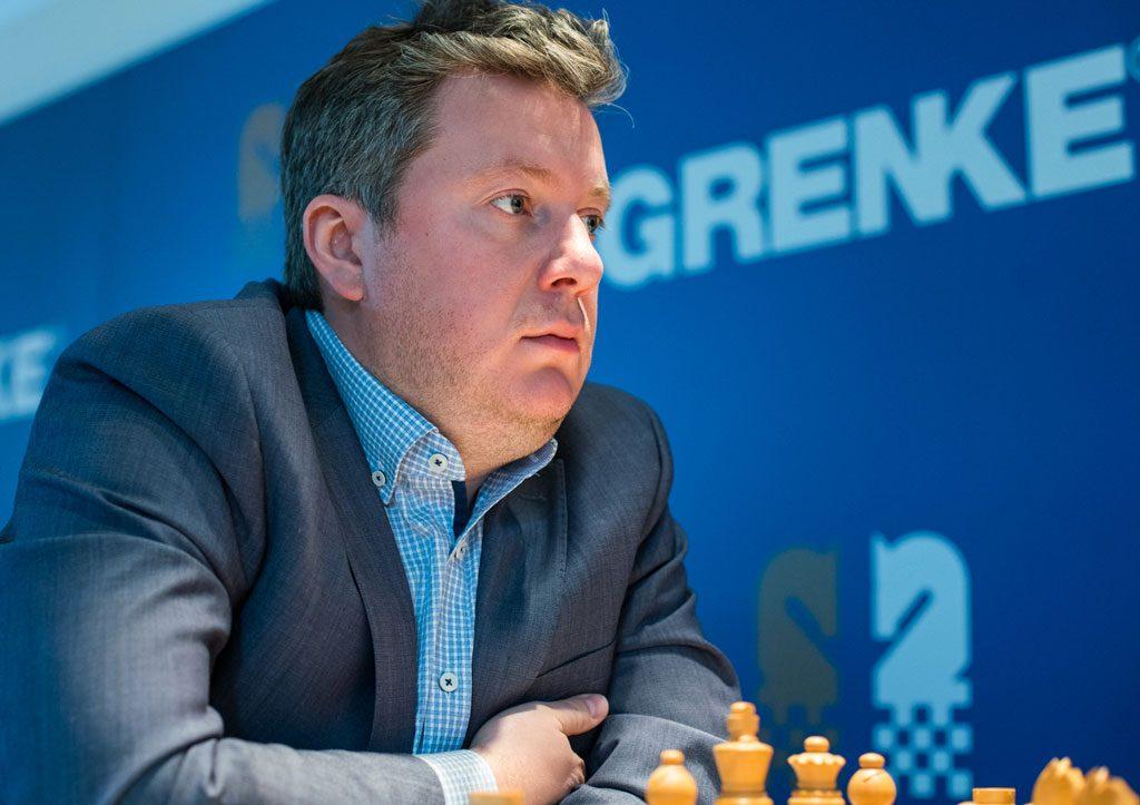Arkadij Naiditsch har slått Magnus Carlsen to ganger, men kom til kort i 7. runde i Grenke Chess Classic. Foto: Maria Emelianova