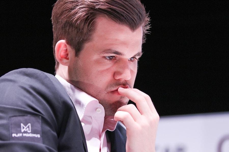 Magnus Carlsen i delt ledelse etter fem runder i Shamkir. Foto: shamkirchess.com
